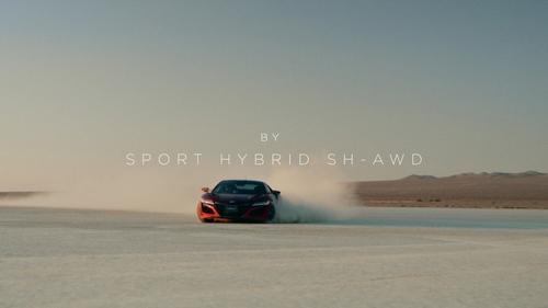 砂地に吸い付く異常な走行性能…新型NSXに搭載のSPORT HYBRID SH-AWDの驚異的すぎるデモンストレーション