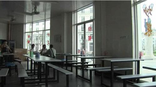 中国版パリがゴーストタウン化06