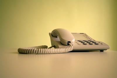 電話待ち受け中