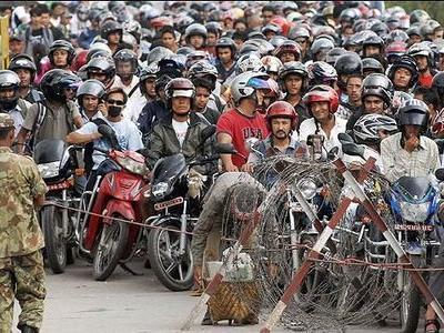 ネパールのガソリン不足TOP