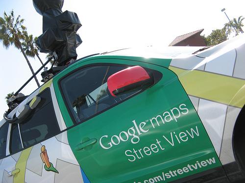 Googleカーがタイの村で拘束00