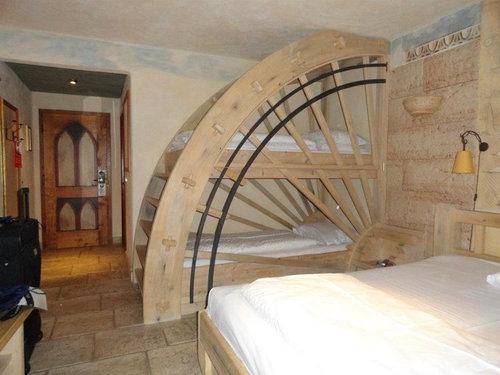 すばらしい二段ベッド01