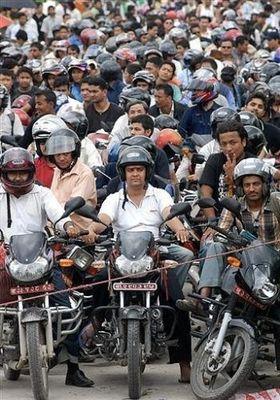 ネパールのガソリン不足02