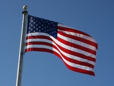 アメリカ独立宣言00 アメリカ人にとって7月4日の独立記念日はとても大事な日であり、毎年国を..