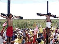 十字架貼り付け01