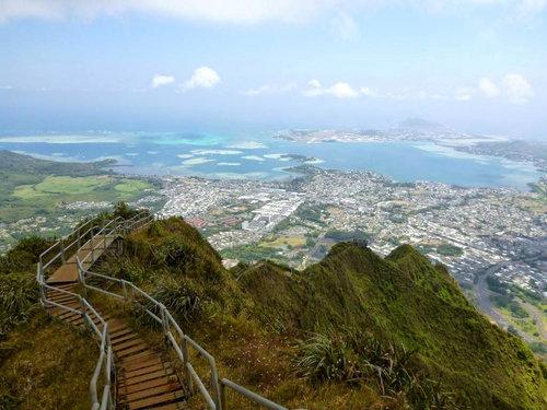 ハワイの天国への階段06