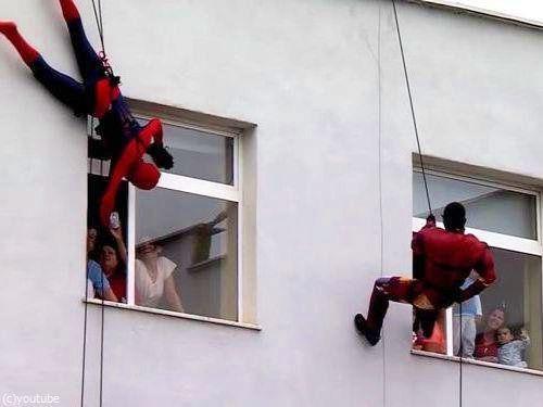 アルバニアの子供の日00