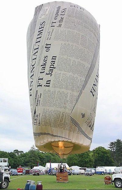 奇抜なデザインをした世界のおもしろ気球15