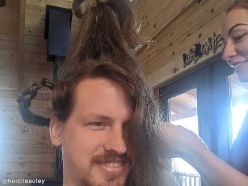 ヘアスタイリスト女性、彼氏のヘアを魔改造00