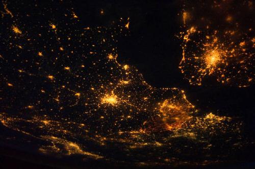 ISSから見た夜景15