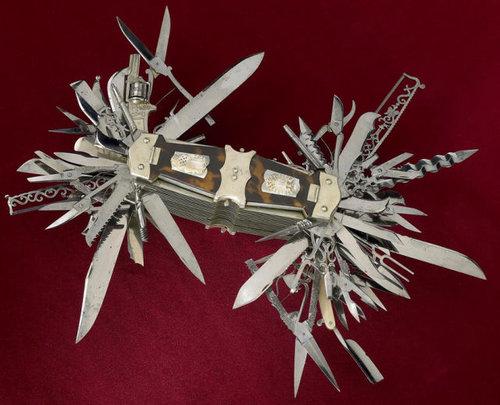 究極のアーミーナイフ01