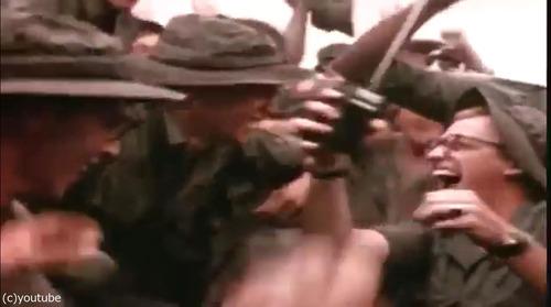 ベトナム戦争の終結をラジオで聞いた米兵03