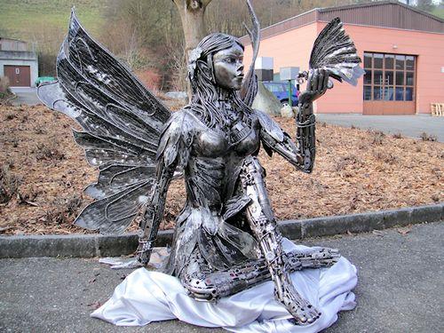 リサイクル彫像05