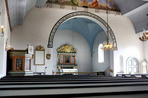 北欧の古い教会を家に改築04