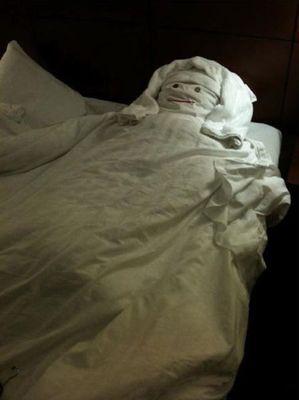 ホテルのイタズラ04