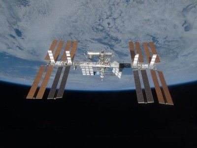 ISS00