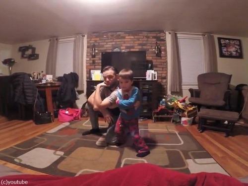 世界一キュートな父と息子のダンス06