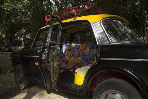 インドのタクシー01
