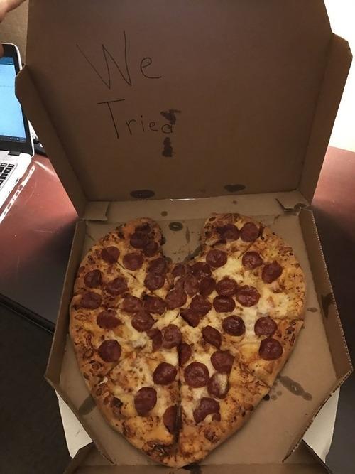 ピザをハート形に注文した結果01