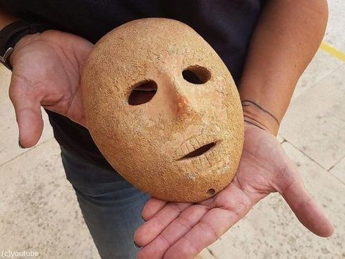 9000年前のイスラエルの石仮面01