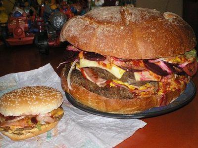 巨大ハンバーガー00