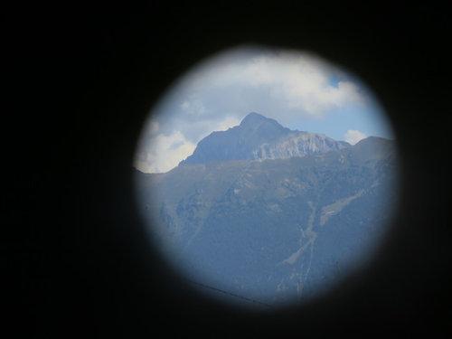 スイスの名峰を覗く装置03
