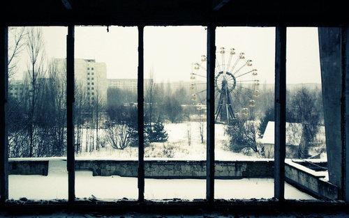 美しい廃墟08