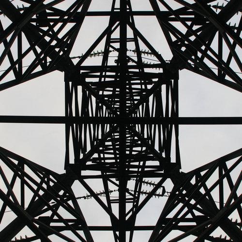 鉄塔を真下から06