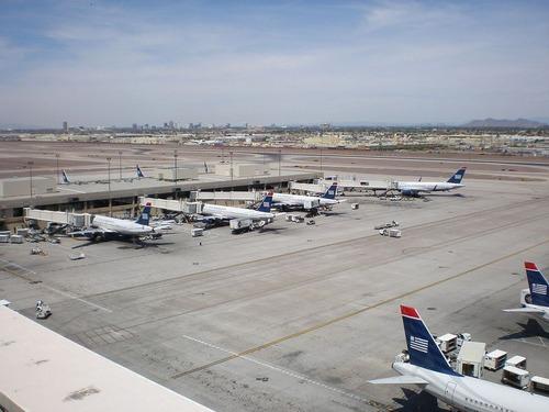 フェニックス スカイハーバー国際空港