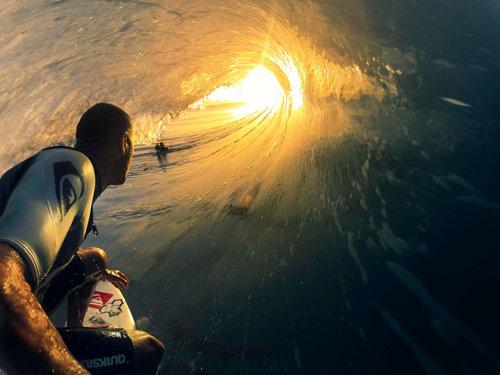 サーフィンのチューブ01