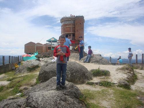 巨岩「ラ・ピエドラ・デル・ペニョール」10