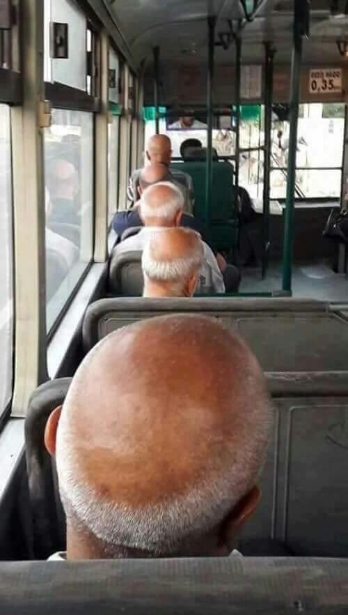 バスの中で惑星直列01