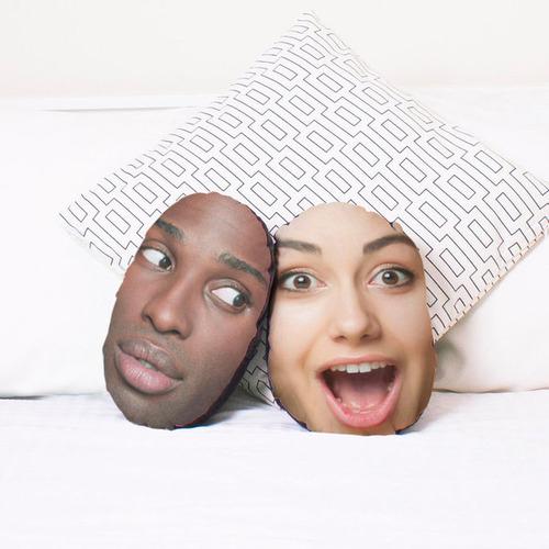 彼女に『自分の顔写真入り枕』をプレゼント04