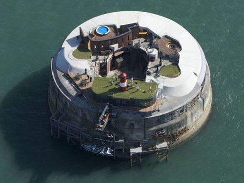 イギリスの要塞ホテル00