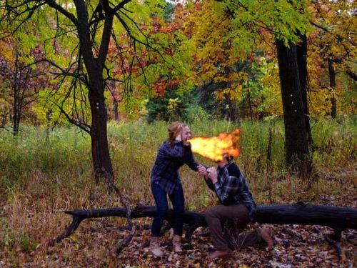 森の中で自動撮影にしてプロポーズ08