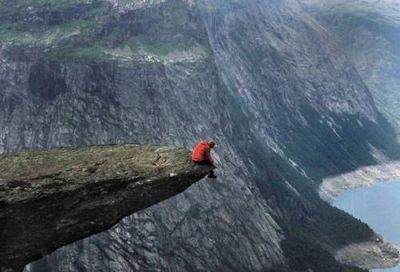 高所恐怖症は見ないほうがいい崖っぷち・ギリギリ画像01