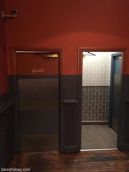 04ライブラリーのトイレ