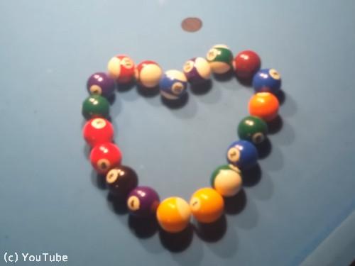ビリヤードのボールで作るのは…06