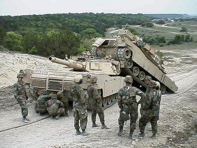 事故を起こした戦車13