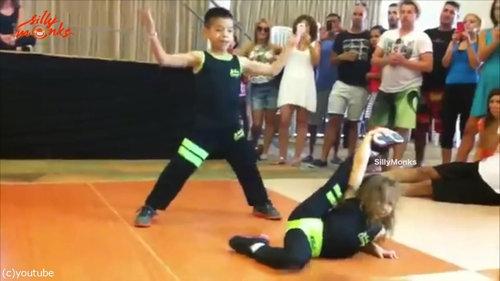 サルサを踊る子供06