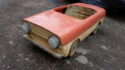 ソ連時代の子ども用のペダル車をレストア06