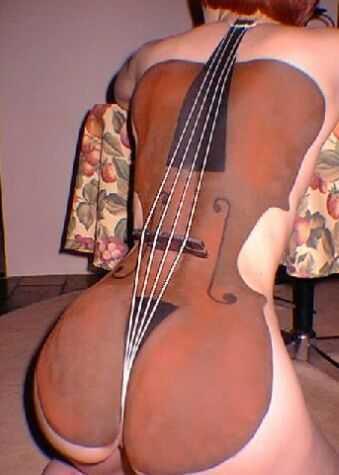 08-バイオリンとお尻