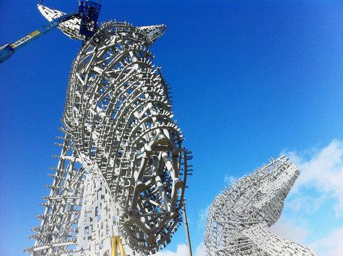 スコットランドにケルピーの巨像05