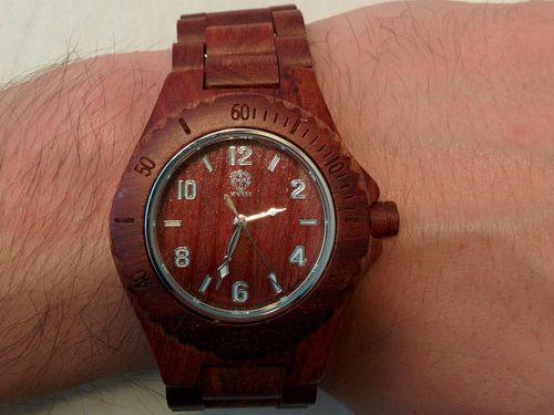 ユニークな腕時計11