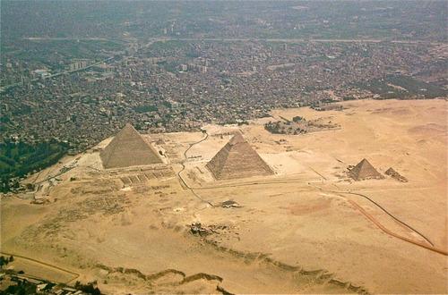 ピラミッドの秘密01