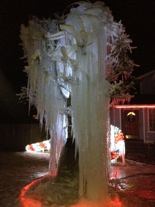 寒冷地仕様のクリスマスツリー07