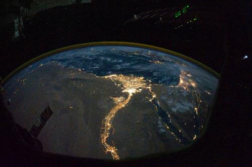 ISSから見た夜景09