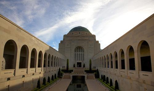 オーストラリア戦争記念館のハト01