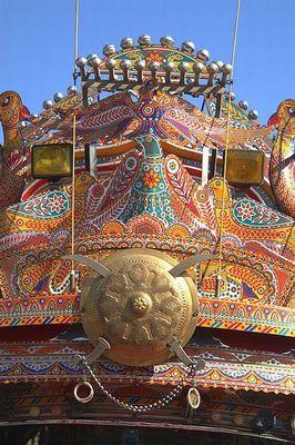 パキスタンのデコトラ10