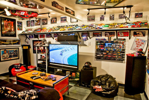 31 q for Man cave designs for small rooms
